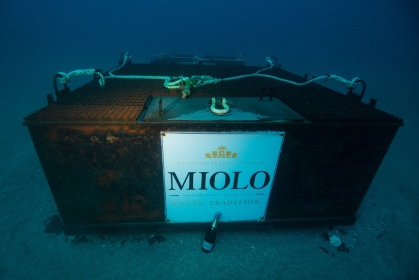 Espumante do mar: Miolo is the first Brazilian winemaker to immerse bottles in underwatercave